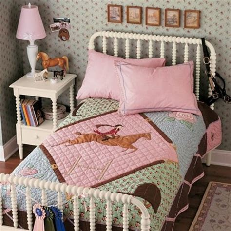 horse decor for the home girls bedroom ideas horse themed