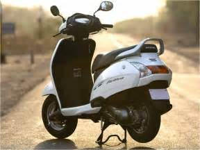 Honda Activa Price Delhi Honda Activa Scooter Prices Reviews Photos Mileage