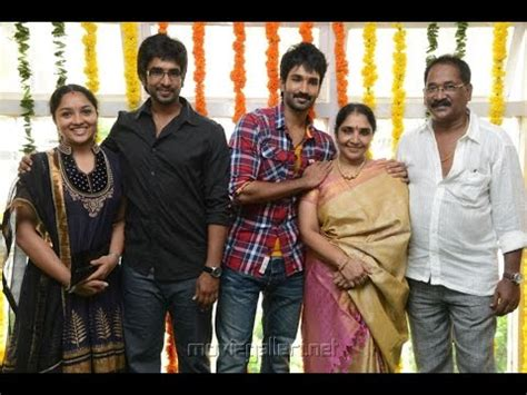 actor aadhi brother aadhi pinisetty and family photos with father mother