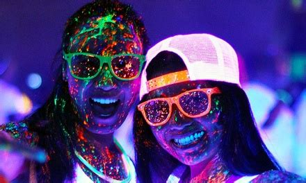 glow in the color run neon dash 5k shoelace events neon dash all locations