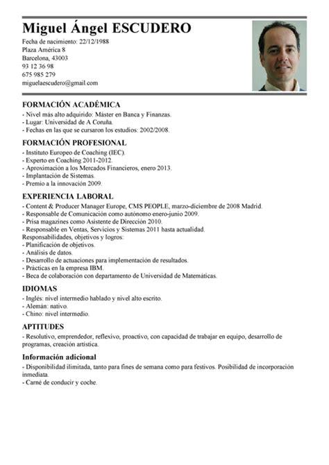 Modelo Curriculum Vitae Chofer Modelo De Curr 237 Culum V 237 Tae Analista Comercial Analista Comercial Cv Plantilla Livecareer