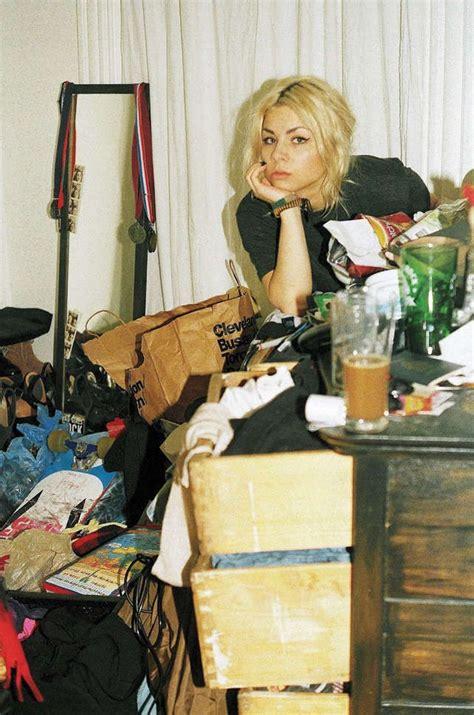 girls messy bedroom best 20 messy room ideas on pinterest messy bedroom grunge room and punk bedroom