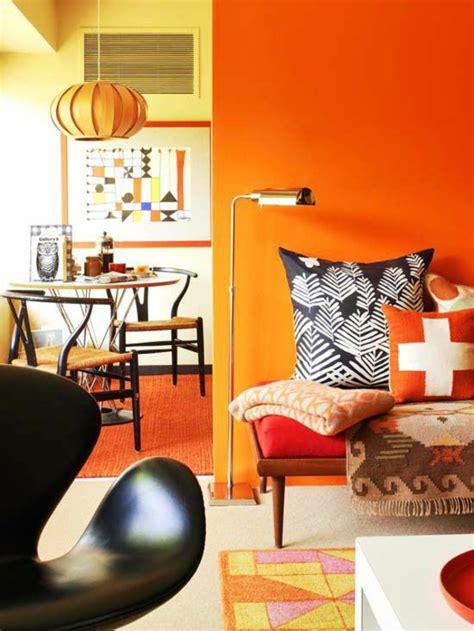 orange wohnzimmerwände w 228 nde streichen farbideen f 252 r orange wandgestaltung