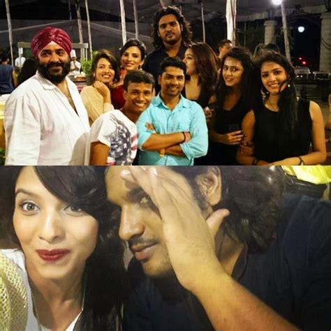 berakhir versi india foto foto pemain mahabharata saat pesta perpisahan 2013