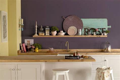 abwaschbare tapete für küche wandfarbe trends