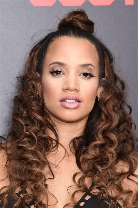 hairstyles to do with curly hair dascha polanco at southpaw premiere in new york hawtcelebs