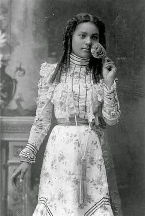 1800s cherokee women hairstyles 18 interesting vintage studio portraits of women of color