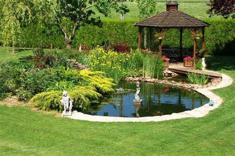 backyard bassin bien immobilier avec jardin 10 id 233 es pour un am 233 nagement
