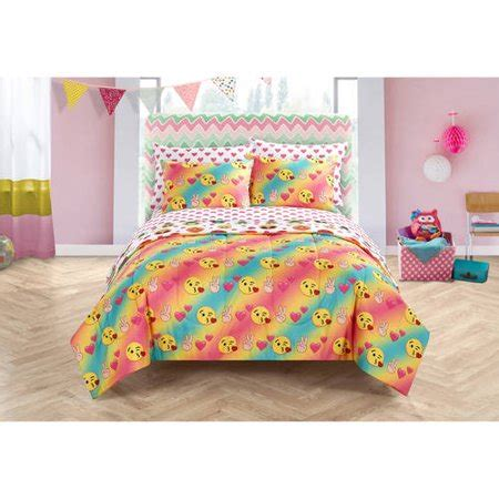 Bed Emoji by Emoji Pals Bed In A Bag Bedding Set Walmart
