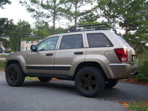 lifted jeep grand cherokee 2006 jeep grand cherokee laredo lifted