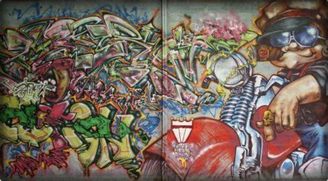alien street art  graffiti fatcap