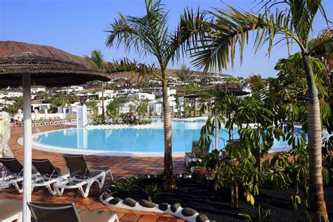best resorts in lanzarote the top all inclusive hotels in lanzarote lanzaroteguide