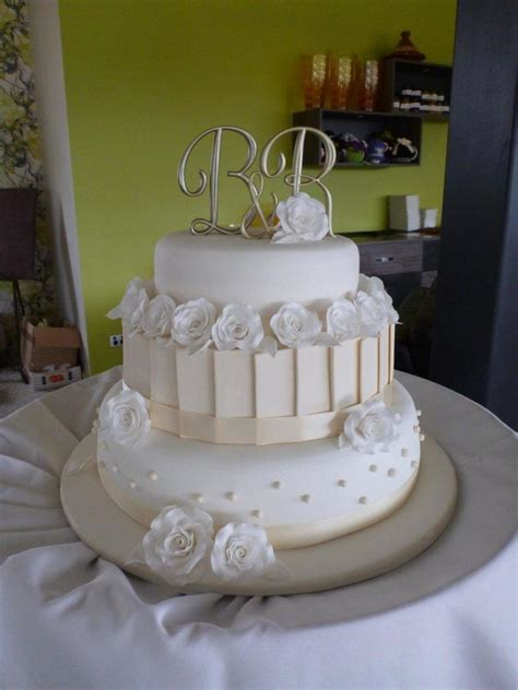 Wedding Tier Cake by My Wedding Cake White Ivory 3 Tier Wedding Cake