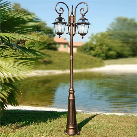 pali luce giardino artemide lada lanterna palo lione quadrata classica