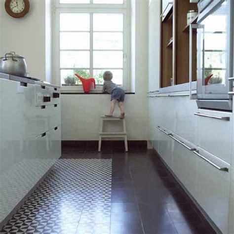 zementfliesen küche einrichtungsideen wohnzimmer schwarz wei 223