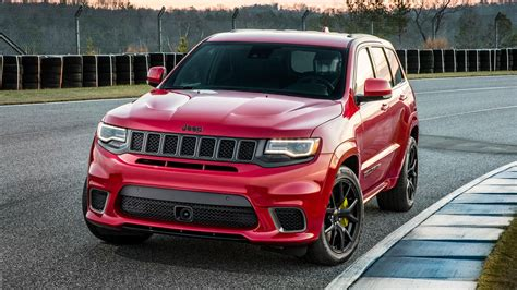 2018 jeep grand cherokee hellcat 2018 jeep grand cherokee trackhawk swallows a hellcat