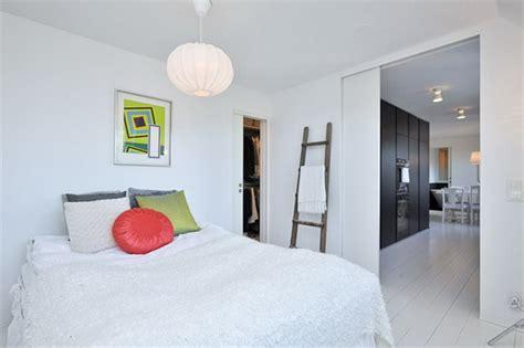 da letto senza comodini una da letto unica con complementi originali casa