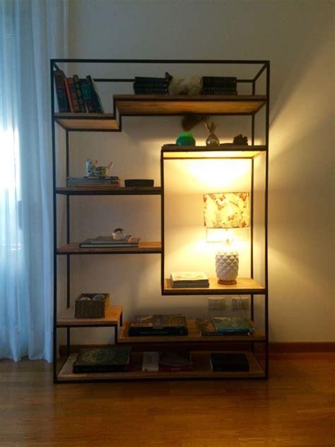 estantes de hierro biblioteca estilo industrial de hierro con estantes de