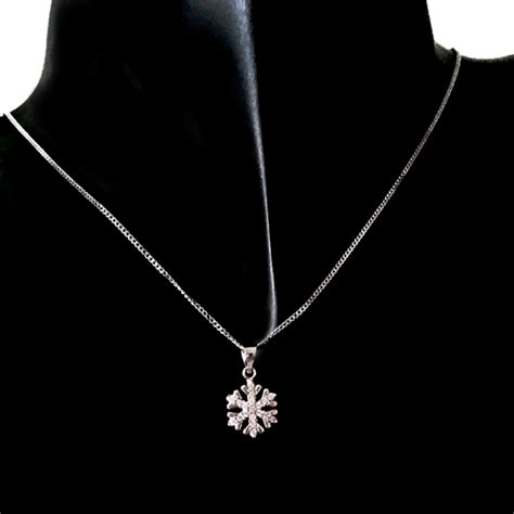 9ct white gold pendant snowflake made in europe