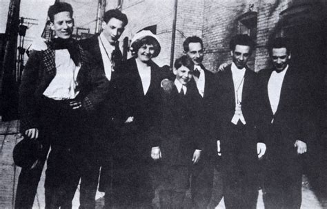 the marx brothers happy confidential books file early marx brothers with parents jpg wikimedia commons