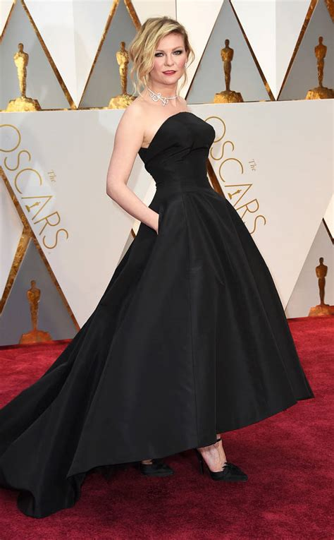 Worst Dressed Of The Day Kirsten Dunst Oscars Edition by 2017 Oscars Carpet Best Worst Dressed The Fashion
