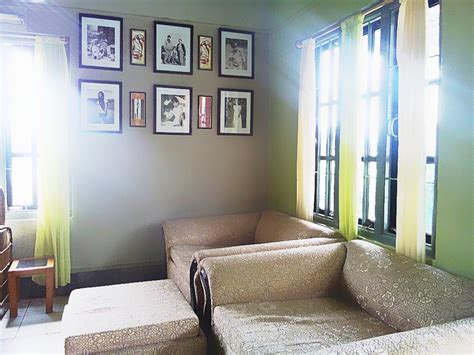 living room wall frames back to basics show your home some momlovepassion