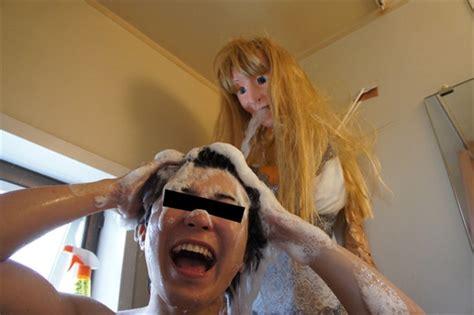 Gf Shower by Sad Single Turns Shower Into