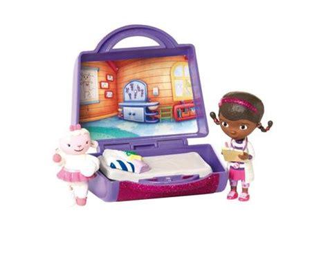 0905 doutora brinquedos kit c 2 moldes por r3270 mini mala da doutora brinquedos bonecas comprar na fnac pt