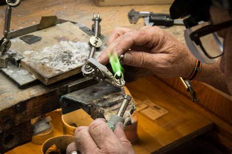 job opening for bench jeweler new york ny esslinger
