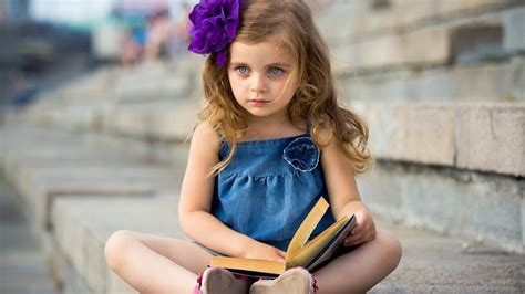 Wallpaper Girl Little | cute little girl hd wallpaper walls 9