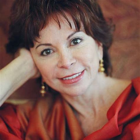 Biography Isabel Allende | isabel allende biography