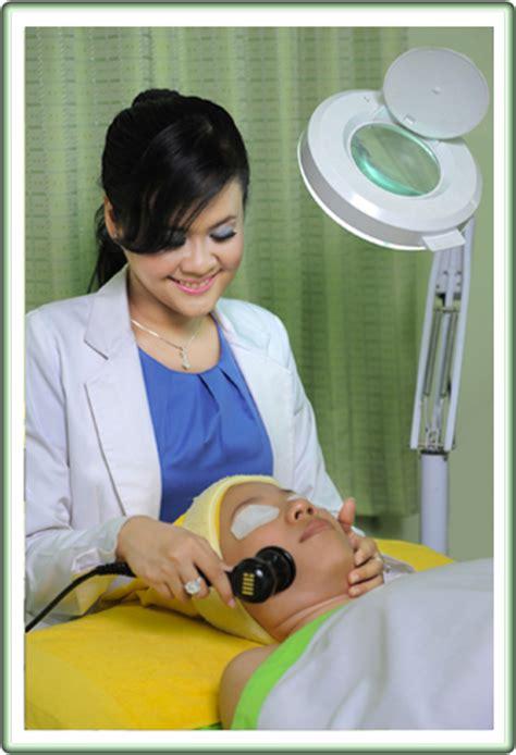 Perawatan Setrika Wajah Di Jakarta perawatan wajah rambut dan kepala wanita dokter kecantikan di jakarta barat