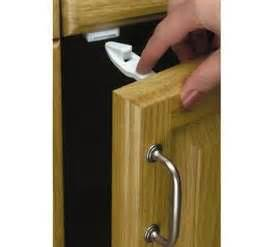 Safety Locks For Kitchen Cabinets Safety 1st Cabinet And Drawer Latches 7 Pack Kitchen Cabinet Safety Locks