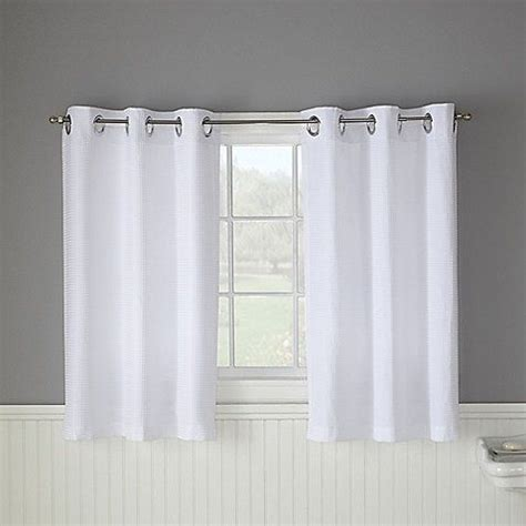 where can i buy short curtains 25 best ideas about bathroom window curtains on pinterest