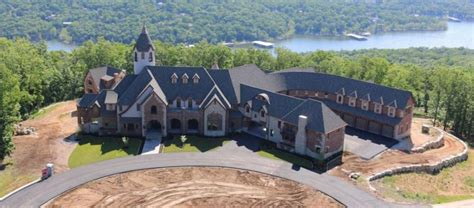 mansion on table rock lake rangers pitcher cole hamels donates his mansion to charity