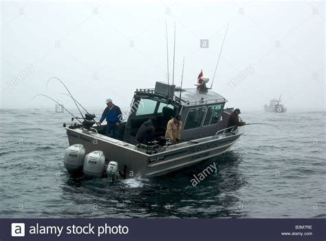 aluminum sport fishing charter boat halibut fishing in - Sport Fishing Boat In Rough Seas