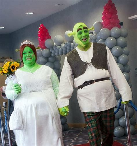 what a fairytale wedding tie the knot dressed as shrek and princess fiona from the