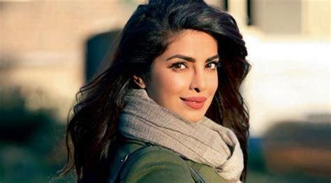 film terbaru quantico priyanka chopra akan menjadi kekasih terbaru james bond