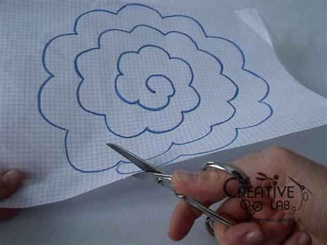 fiori imbottiti di stoffa tutorial come fare dei fiori di stoffa the creative lab