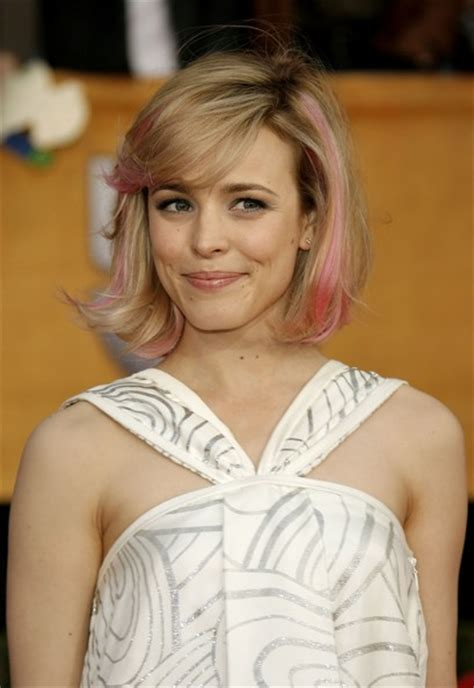 Rachel McAdams Short Hairstyles: Brisk Jaw length Bob with