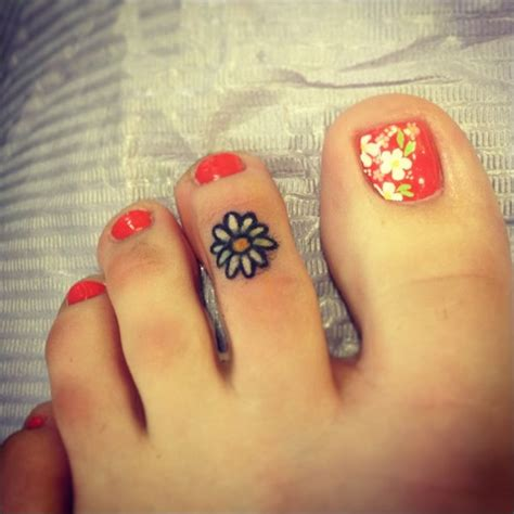 small foot tattoo ideas 100 small designs for