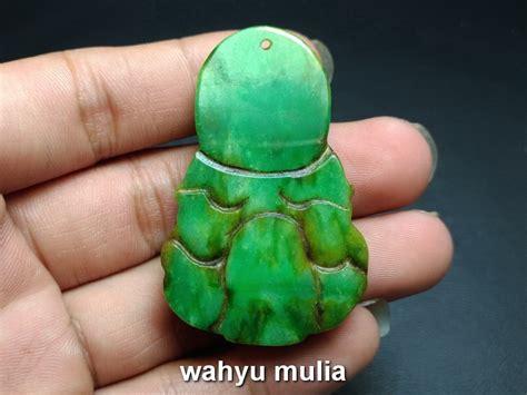 Kalung Liontin Giok Dewi Kwan Im kalung batu giok jade ukir dewi kwan im asli kode 767 wahyu mulia