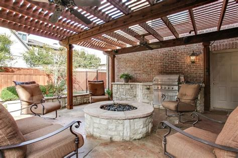 covered patio pit porch with wrap around porch fence in dallas tx