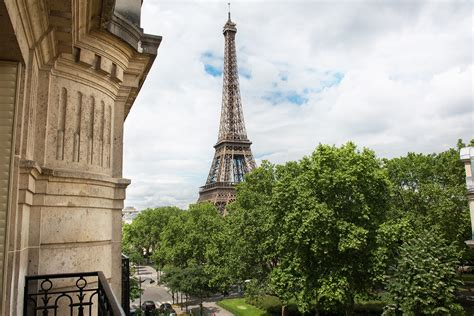 paris apartments rentals with eiffel tower views luxurious 2 bedroom paris apartment with stunning eiffel