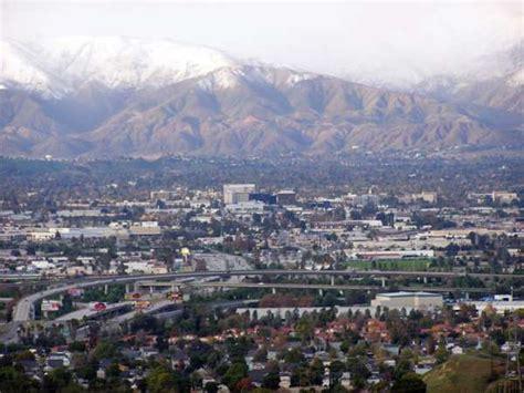 San Bernardino Search San Bernardino Ca Snowy San Bernardino Skyline Snow Lasted On City Grounds For A