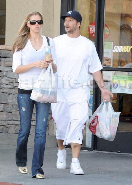 Lepaparazzi News Update Lindsay Lohan Dating Federline Lepaparazzi by Exclusive Kevin Federline Rides The Panda Express