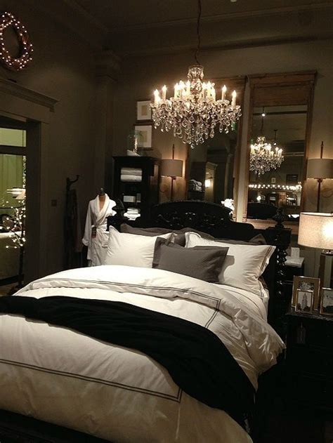 dark romantic bedroom 25 best ideas about dark romantic bedroom on pinterest