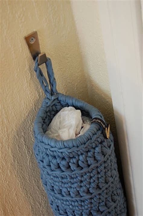 crochet pattern plastic bag holder crocheted bag holder pattern crochet knitting pinterest