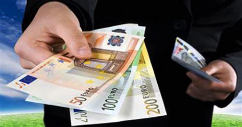 prelevare contanti in contante e assegni cambiano regole e sanzioni le novit 192