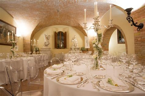 tavoli apparecchiati per natale allestimenti per matrimoni ed eventi preludio cortona ha